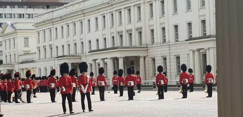 releve de la garde Londres. tourisme